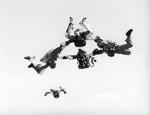 8.6.1975, Malmi, RW hyppy tähdessä, vasemmalta Veikko Rissanen, Martti Paalanen, Matti Karttunen ja Lauri Oksanen, Martti Laitamäki lähestyy. Kuva Öster via Lake